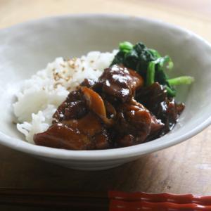 黒酢が余っていたら。甘酸っぱくてご飯がすすむチオベンの黒酢鶏がおすすめ!
