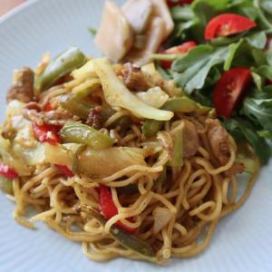 食で世界旅行 シンガポールヌードル風カレー焼きそばと、焼きそばを美味しくする秘訣