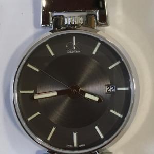 カルバンクライン 時計修理は熊谷のアルテスタへ