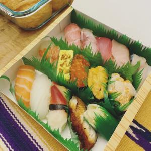 お寿司は飲み物です