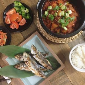 今夜は韓国料理。