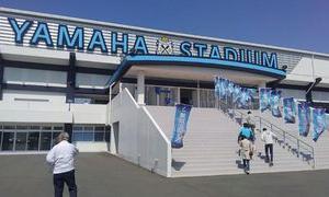 聖地ヤマハスタジアムへなでしこ2部に昇格したボニータの試合を見に行く ~あれっ?ヤマハスタジアムに異変が。。(笑) ~
