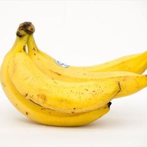 東京マラソン「せや!バナナ丸ごと配ってマスクつけさせたろ
