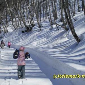 3月、小野川不動滝(ブルーフォール)に行ってきました~(子供と一緒にスノーシュー)