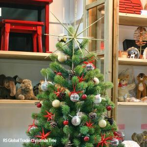 毎年完売続出のクリスマスツリーが予約開始中~!!