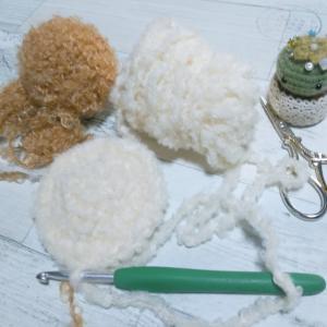 モコモコ毛糸のモコモコふわふわ感を最大限に生かすために。