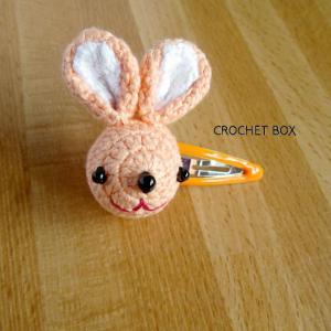 はこギャラリーさんへ再販品のオレンジ色のウサギさんのヘアピンが仕上がりました。