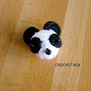 再販品のパンダさんのブローチが仕上がりました。