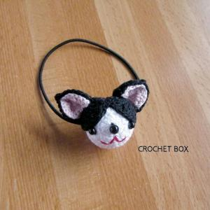 編みぐるみ♡ハチワレ猫ちゃんのヘアゴム仕上がりました。