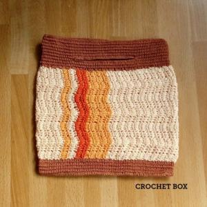 minne(ミンネ)さんへレース編みのなみなみ模様の袋オレンジ紅葉を再出品しました。