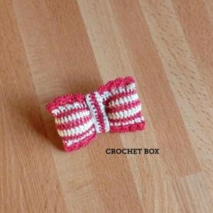 facebookハンドメイド雑貨CROCHETBOXより 赤いリボンのブローチをお買い上げ頂きました。