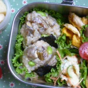 ししゃもと枝豆おむすびのお弁当