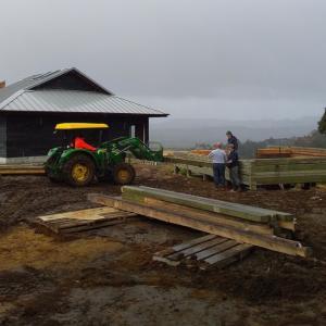 ログハウス、建設の経過/ The Third and Forth Day of Logcabin Construction