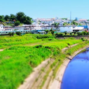 ミニチュアモードで撮る東海道線