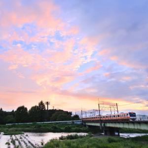 夕暮れ時は浅川で