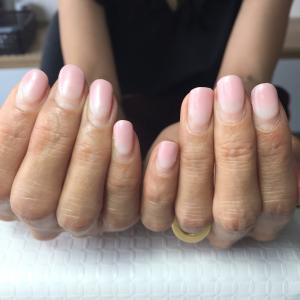 乾燥爪にもジェルネイル