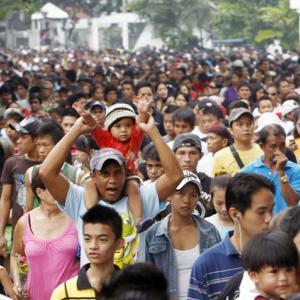 フィリピン人の36%が生活の質が向上と回答