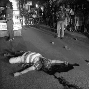 マニラ首都圏ケソン市で男性が射殺される