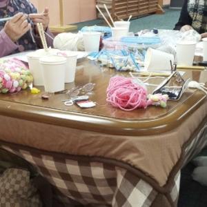 今年最後(?)の編み物会は
