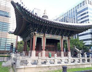 韓国の日本語人気と事情。