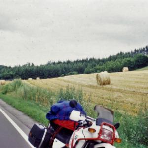 (日付を1日修正して改めて)1996年8月15日 BMWR100GSで行く4度めの北海道ツーリング 阿寒湖畔キャンプ場>網走監獄>多和平牧場キャンプ場