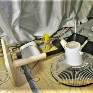 浄化槽のエアポンプ(ブロワー)と扇風機が立て続けに・・・・・。毎日が修理の日々。扇風機が骨折。