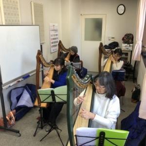 MBC学園 やすらぎのミニハープ教室 写真撮影でした