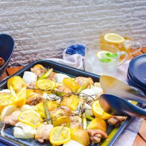 【簡単レシピ】オーブンで♡チキンのレモンバターソース