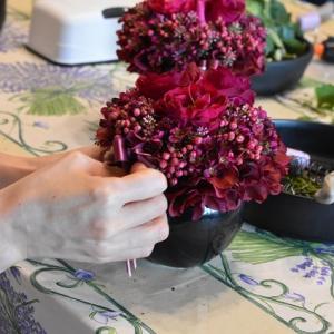 1DAYレッスン ローズと小花のアレンジ、ラベンダーリース