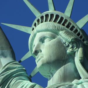 自由の女神像は、フランスからアメリカへの贈り物(前編)