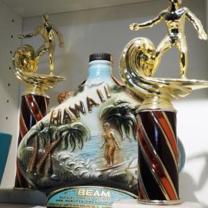 アメリカのビンテージトロフィー!サーフィンだとハワイの感じが出ますよ!