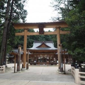 安曇野まで足を延ばして観光!①穂高神社は心が落ち着く空間でした。