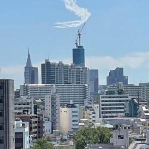 いよいよ東京オリンピック!ブルーインパルスの予行飛行が見えました!