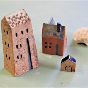 チェンマイの小さなやちむんハウス。
