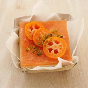 有機ブラッドオレンジジュースrawケーキの販売。