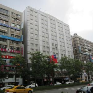 台北にて、最初の店は「担仔麺」を喰いに行きます。