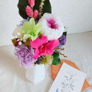 プリザーブドフラワーの和花アレンジメント