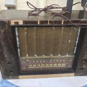 真空管ラジオを修理する。