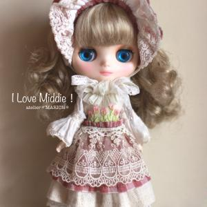 Junie Moon新宿店『 I Love Middie!』展