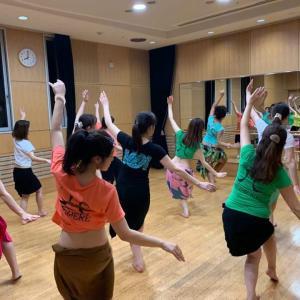 2月: 水曜日タヒチアンダンス