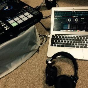 DJ始めました