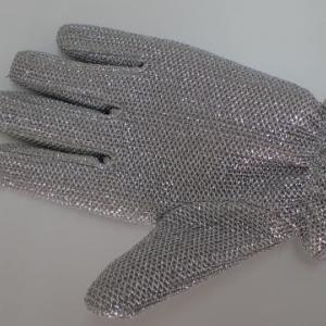 【マイクロスコープの斉藤光学です】掃除用手袋を観察しました。