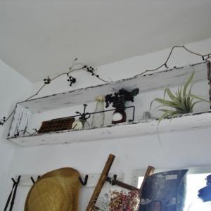 玄関の壁に棚DIY♪