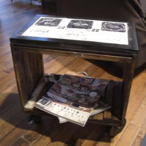 男前なタイル貼りサイドテーブル完成しました♪