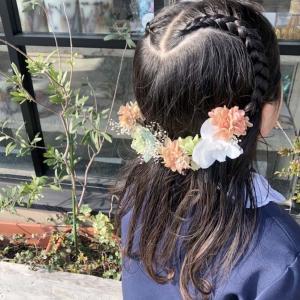 【カスタムオーダー】コサージュとお揃いのヘッドパーツで親子コーデ。