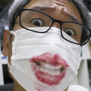#うちで過ごそう 使い終わったマスクにお絵描き