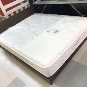 【商品紹介】クイーンサイズ 日本ベッド フレーム+マットセット シルキーポケット
