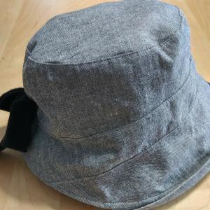 帽子を買った。