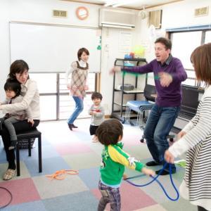 音楽と英語の始めの第一歩!英語リトミック 1~2歳児