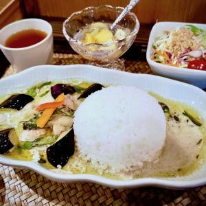 【京都のタイ料理屋】東洞院丸太町通下ル「タイ料理CHABA」で食べた『グリーンカレー』
